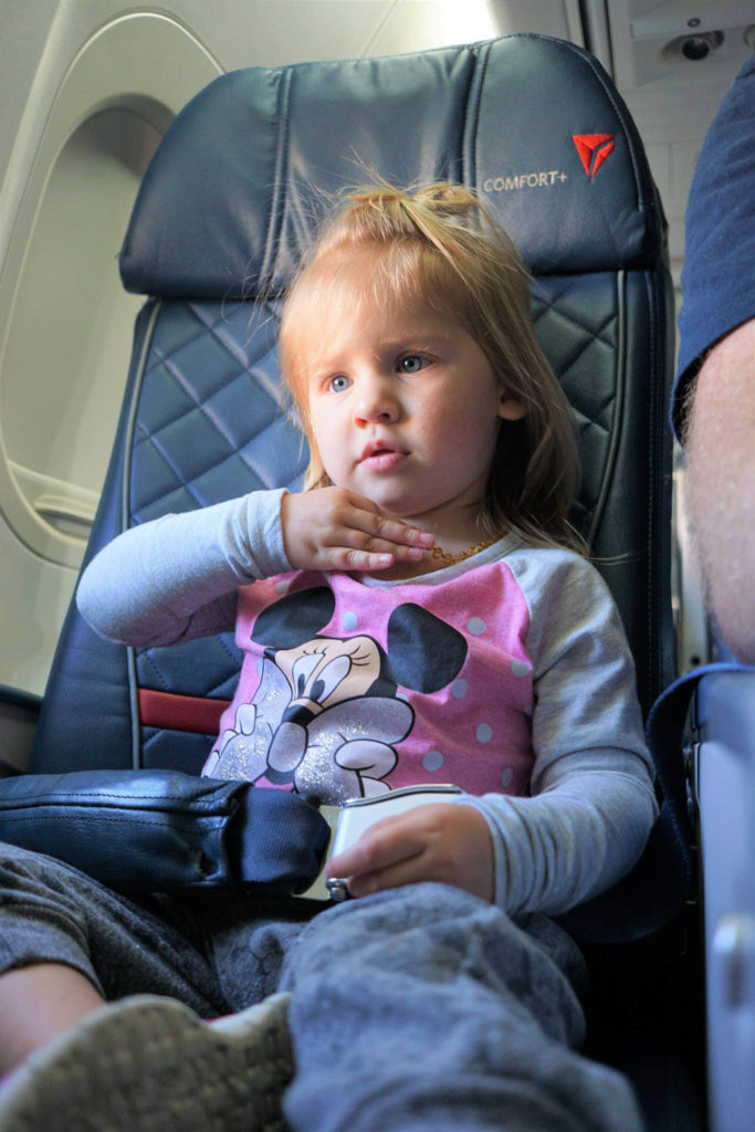 How to Easily Prepare for Holiday Travel with Kids